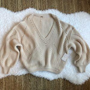 Free People Medium Knit Deep V Sweater in Pearl